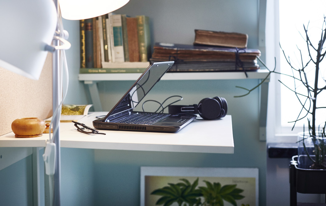glorious simple home office interior. Image: Ikea Glorious Simple Home Office Interior I