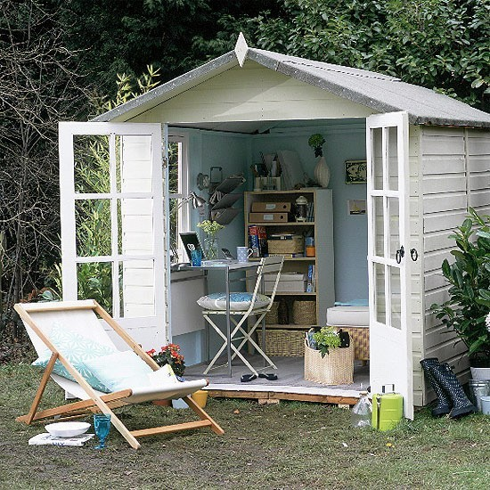 Home offices - shed office.